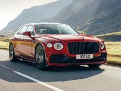 Новый Bentley Flying Spur: версия с мотором V8