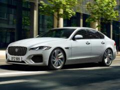 Обновленный Jaguar XF: объявлены цены в России