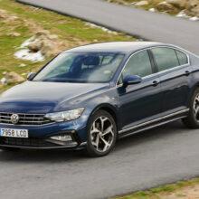 Седану Volkswagen Passat вернули 190-сильный мотор