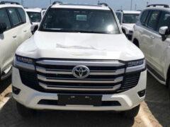 Новая Toyota Land Cruiser 300 перед премьерой: характеристики