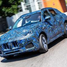 Новый кроссовер Maserati Grecale: пока в камуфляже