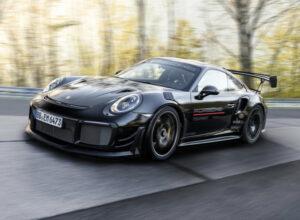 Porsche 911 снова рекордсмен Нюрбургринга: теперь официально