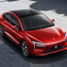 Седан Yi компаний Renault и Jingliang: не только для каршеринга